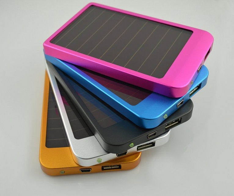 Solar-Charger P1100F-2600
